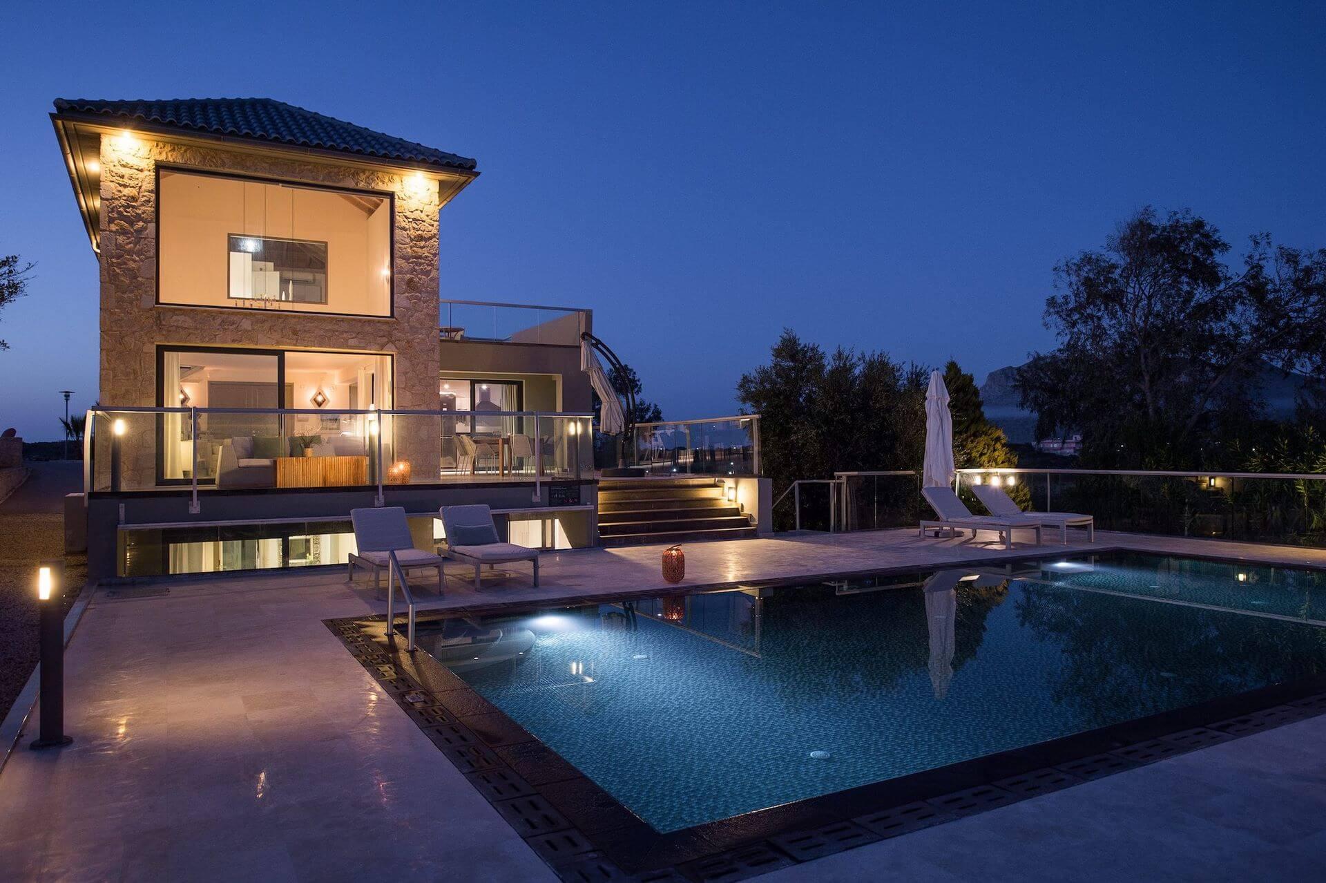 Modern villa in Crete