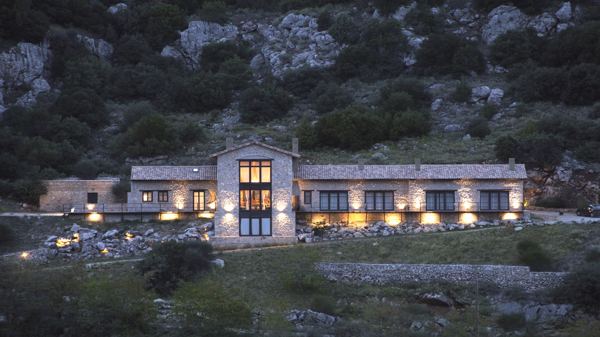 Villa in the area of ski resort Parnassus